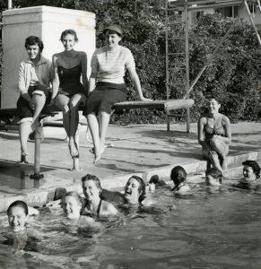 femmes années 50